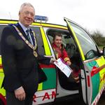 Worcestershire Freemasons give £7000 to Midlands Air Ambulance.